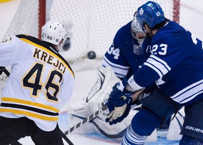 BostonBruins_and_TorontoMapleLeafs@01.jpg